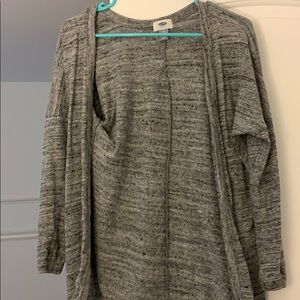 Old navy m sweater never worn